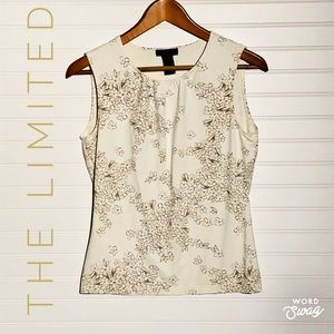 Nice Top w/ Golden Tan Floral Print and Scoop Neck